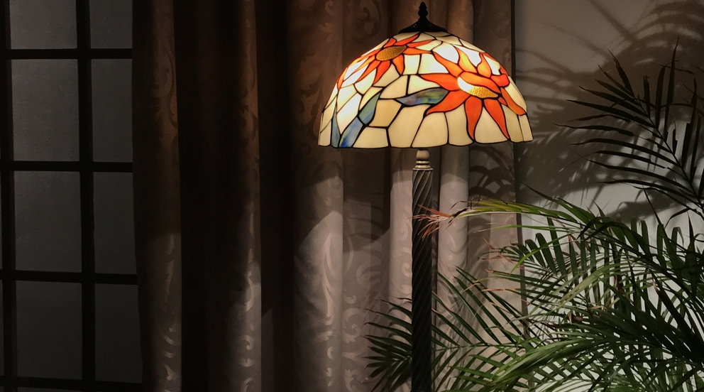 Grand lampadaire Tiffany Ensoleille moi