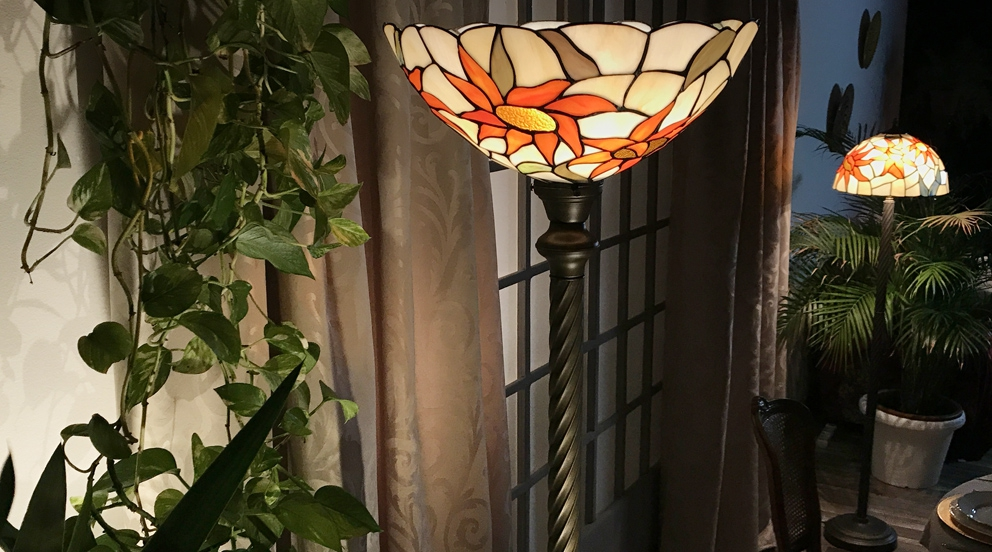 Grand lampadaire Tiffany Ensoleille toi