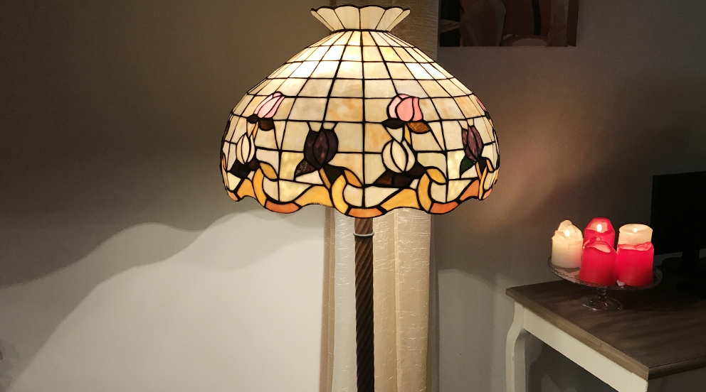 Grand lampadaire Tiffany Tulipe de douceur