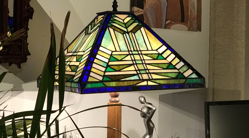 Grande lampe Tiffany  Songes en chemin